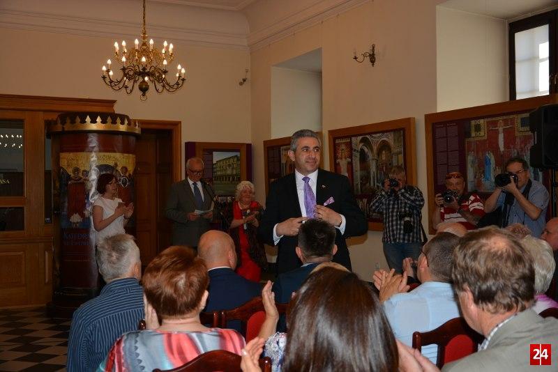 Katedra ormiańska we Lwowie i jej twórcy - wystawa w Muzeum Miedzi oraz 650 lat diaspory ormiańskiej w Polsce.