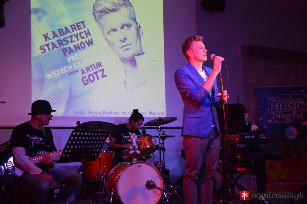(FOTO) Artur Gotz z przebojami Kabaretu Starszych Panów