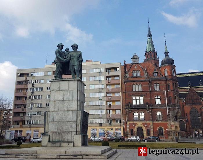 Radni podejmą uchwałę w sprawie usunięcia Pomnika Przyjaźni Polsko - Radzieckiej