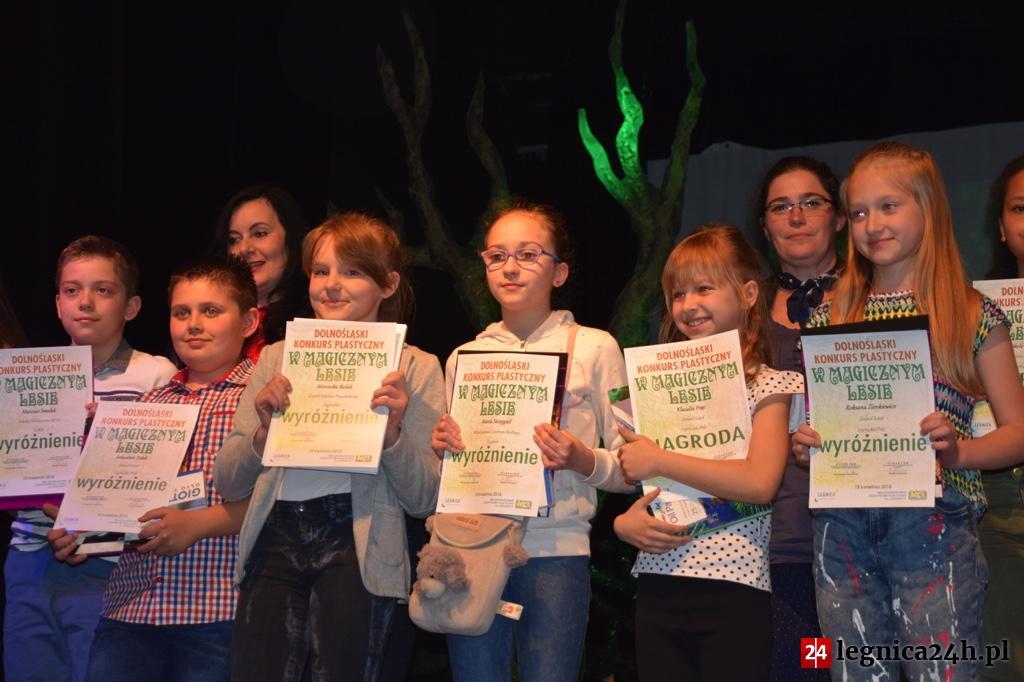 """(FOTO) Dolnośląski Konkurs Plastyczny """"W magicznym lesie"""""""