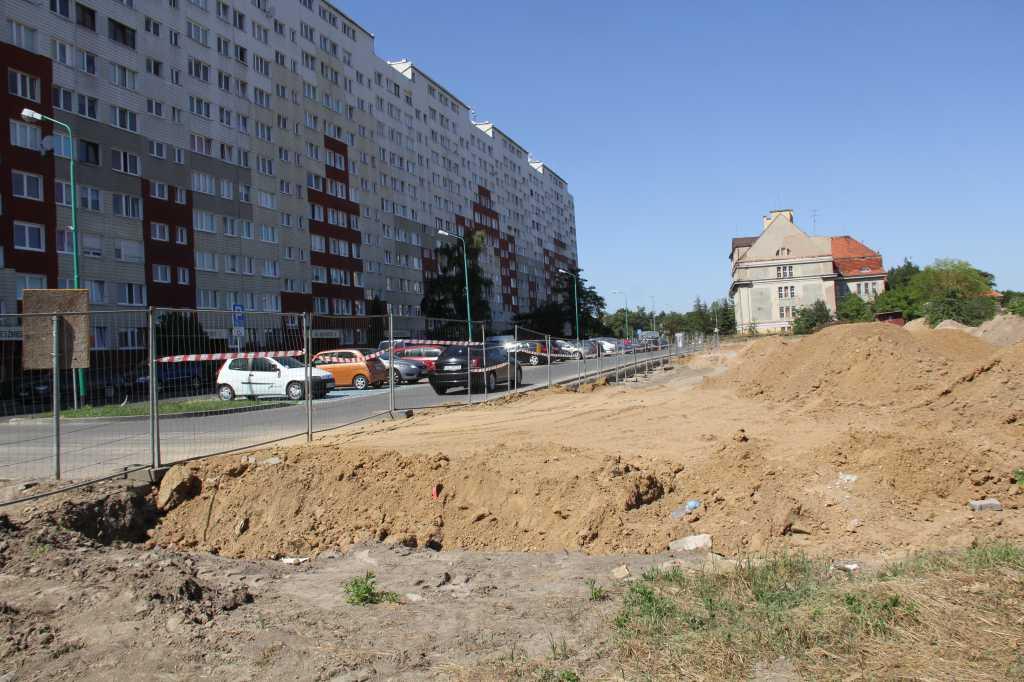 Legnica: Na Koperniku powstaje kolejny parking