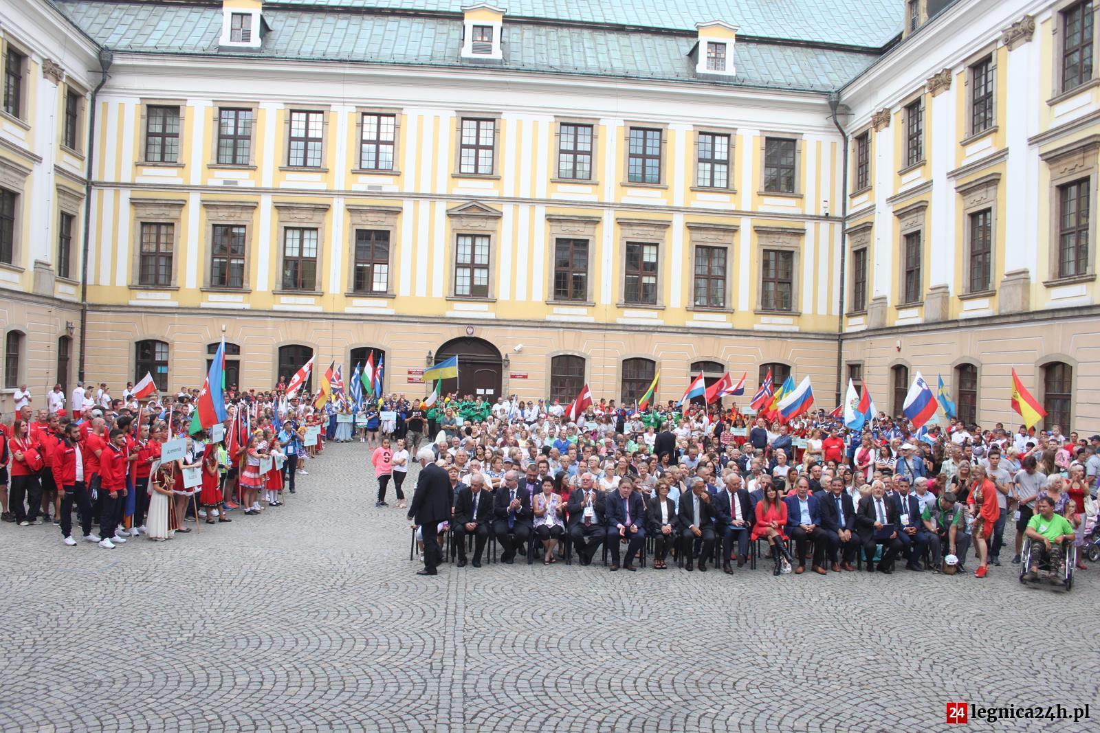 (FOTO) Łucznicze Mistrzostwa Europy oficjalnie otwarte