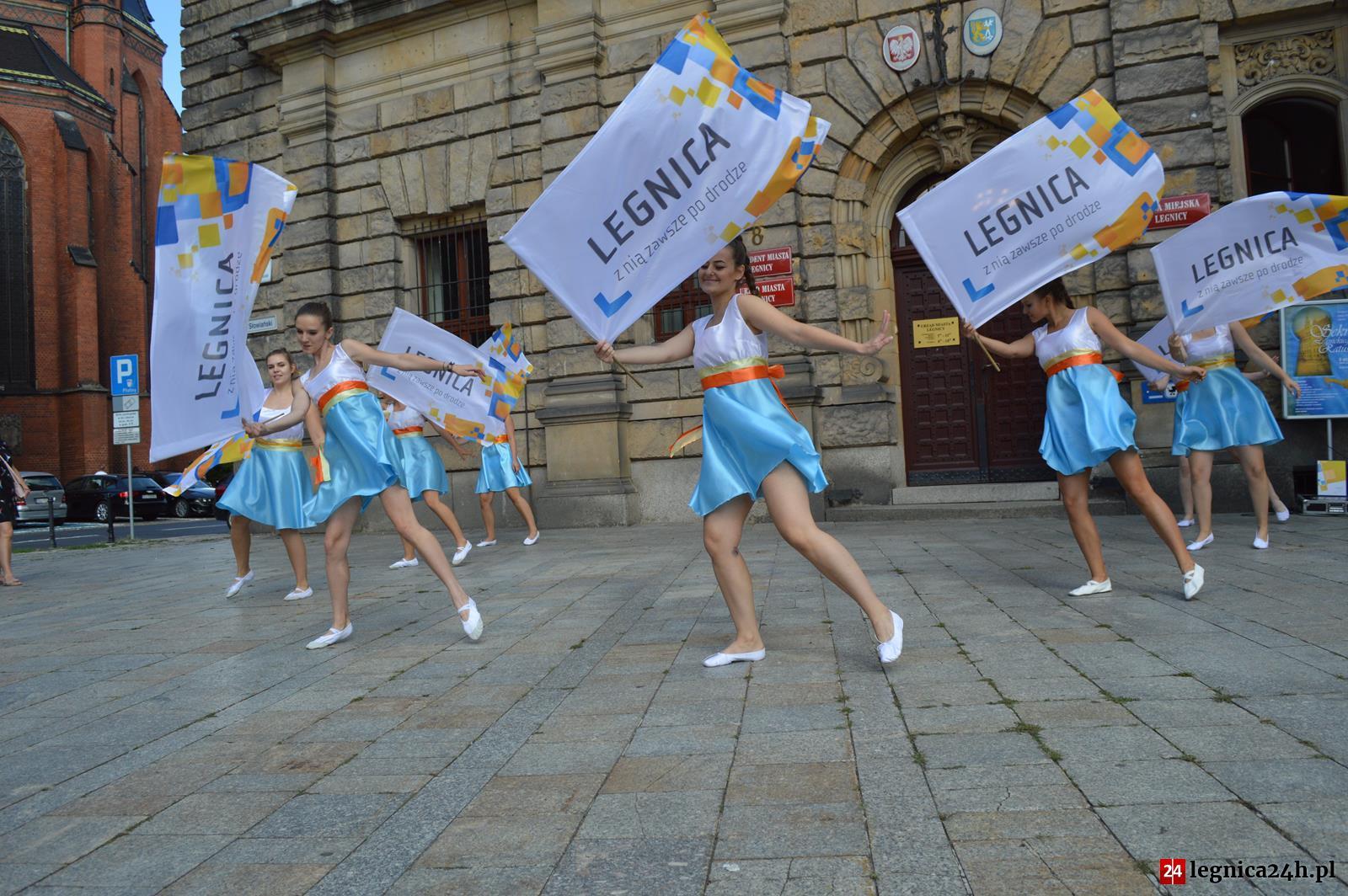 (FOTO) Imieniny ulicy Najświętszej Marii Panny w Legnicy