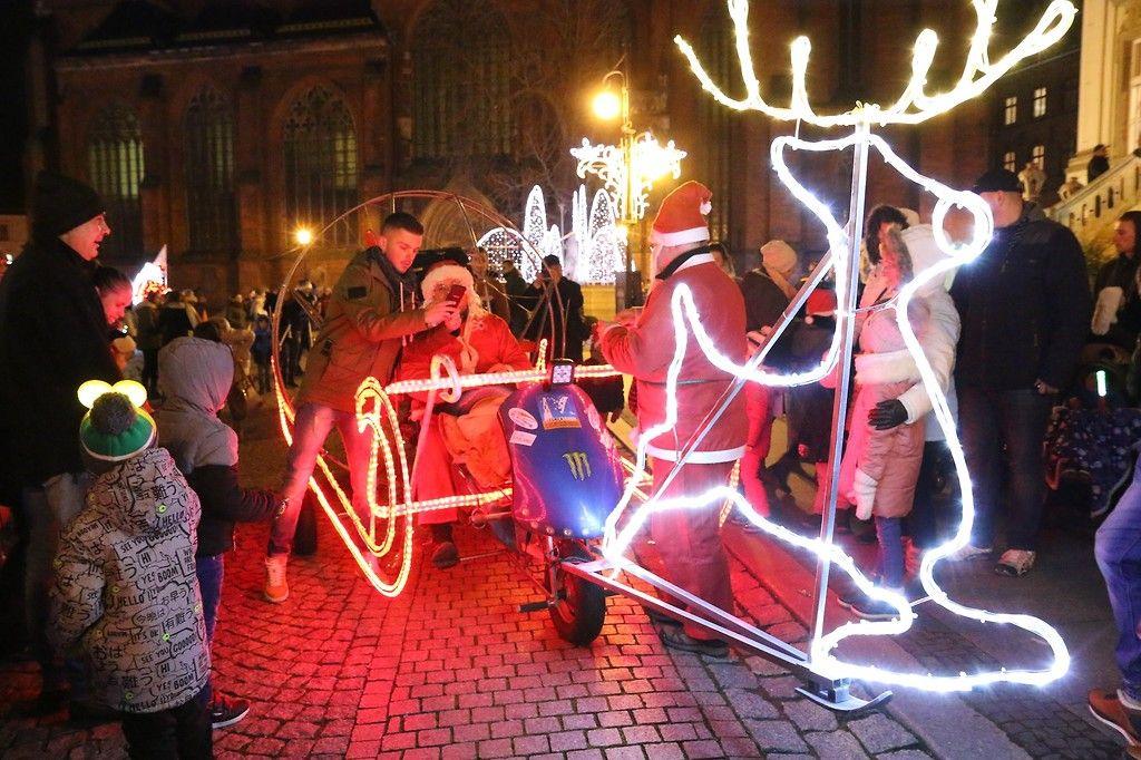 Legnica: Niebawem rozbłyśnie świąteczna iluminacja