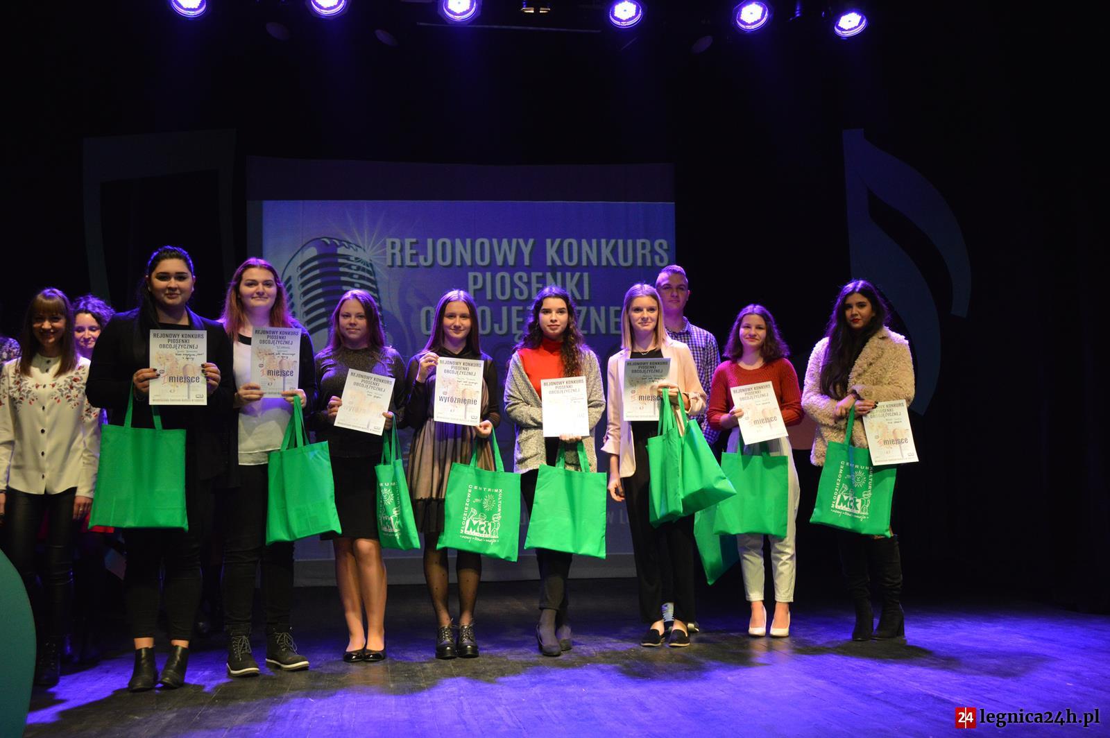 (FOTO) Rejonowy Konkurs Piosenki Obcojęzycznej w MCK Legnica