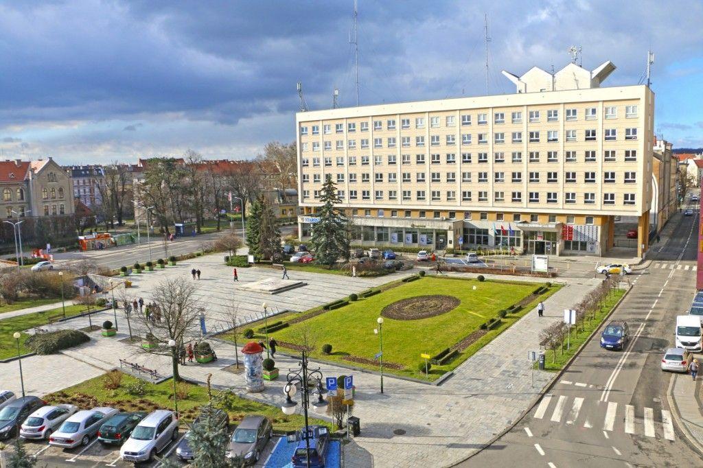 Miasto wybrało firmę, która wykona dokumentację rewitalizacji placu Słowiańskiego