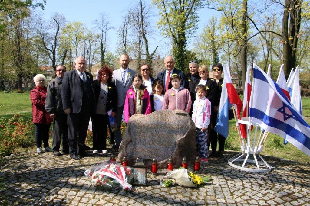 Uczcili pamięć bohaterskich powstańców z getta warszawskiego
