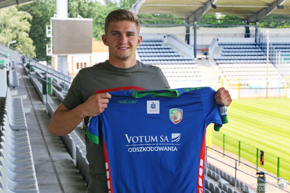 Z Evertonu do Legnicy: Mateusz Hewelt piłkarzem Miedzi