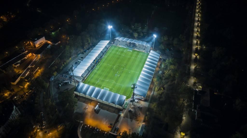 Więcej światła na stadionie już na meczu ze Stomilem Olsztyn