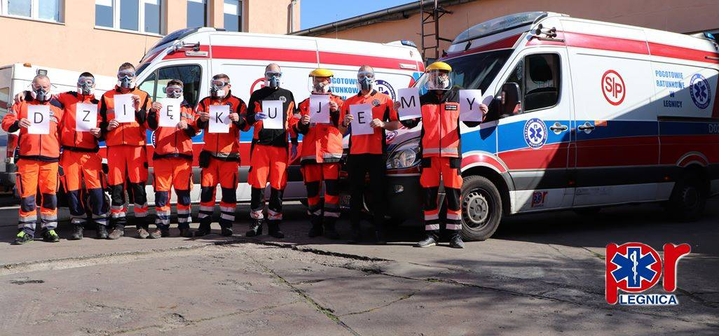 Ratownicy medyczni dziękują za pomoc